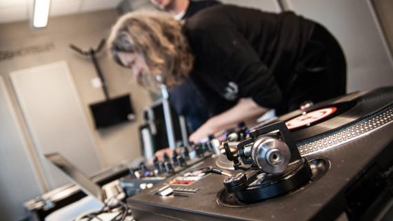 Kari vil bli Oslos hotteste DJ-5