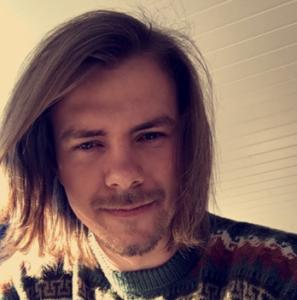 Simon Udnes Jordnes - pianolærer hos Muno